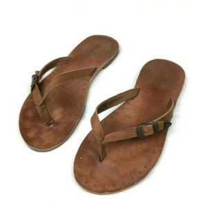 FRYE BOOTS Ally Logo Brown Leather Flip Flops 7